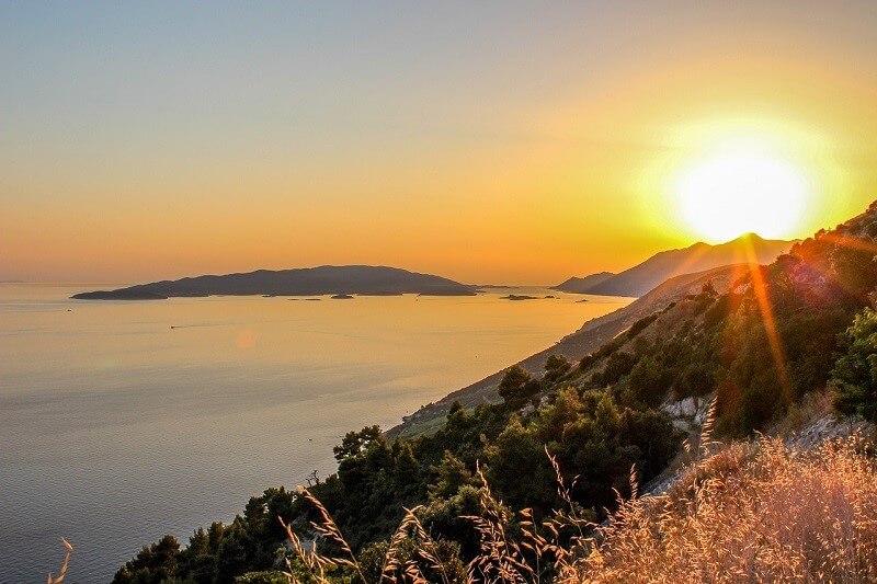 Sonnenuntergang in Pelješac, Kroatien